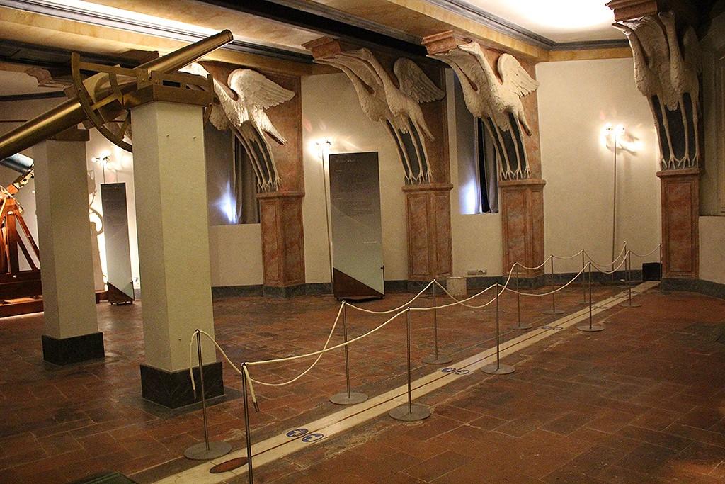 Meridiana de la Sala de las Cigüeñas. Foto: Lola Vázquez