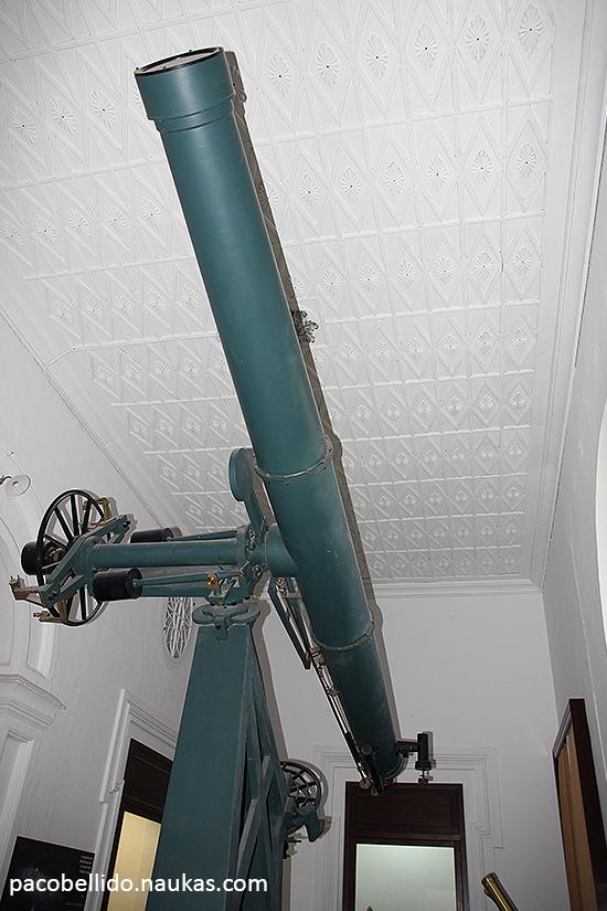El anteojo ecuatorial Brunner instalado en 1869. Foto: © Paco Bellido