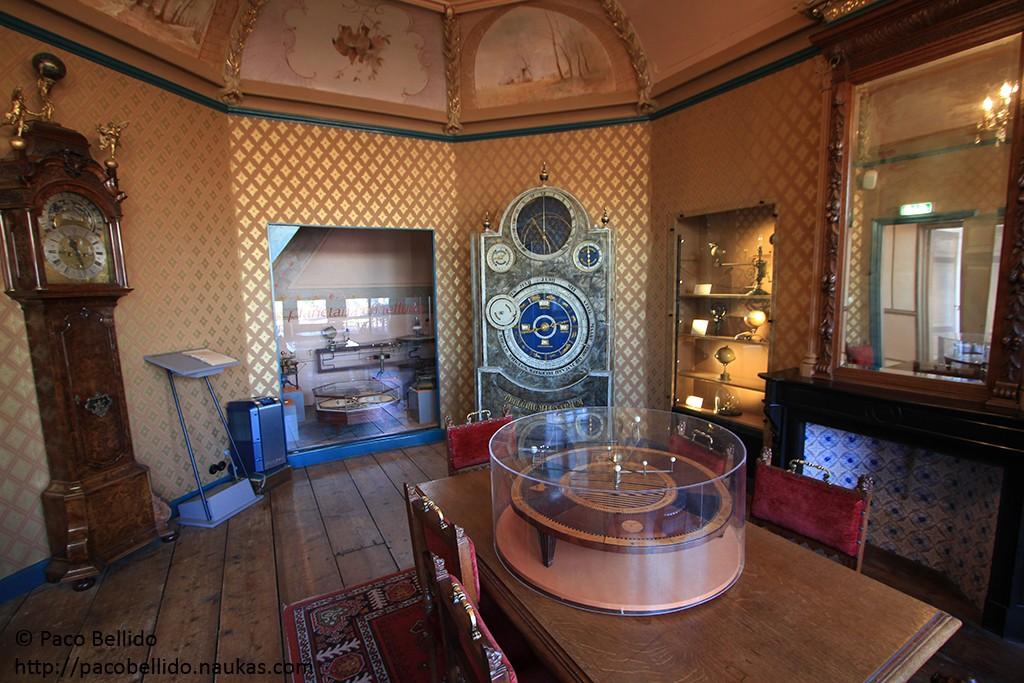 Exposición de planetarios y relojes astronómicos del museo de Eise Eisinga. Foto: © Paco Bellido