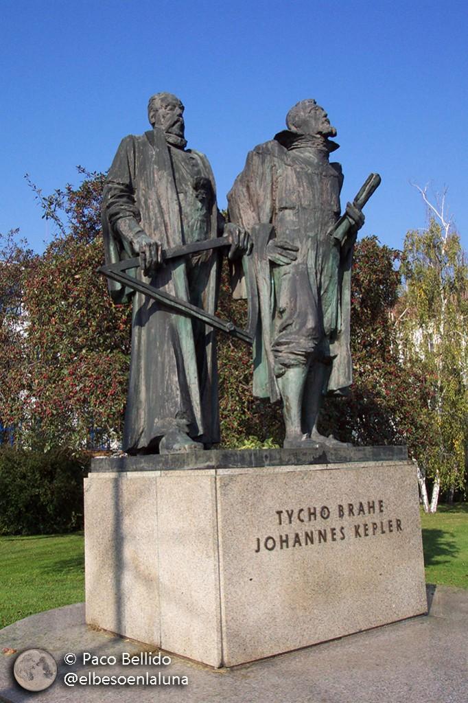Tycho y Kepler en Praga. Foto: Paco Bellido