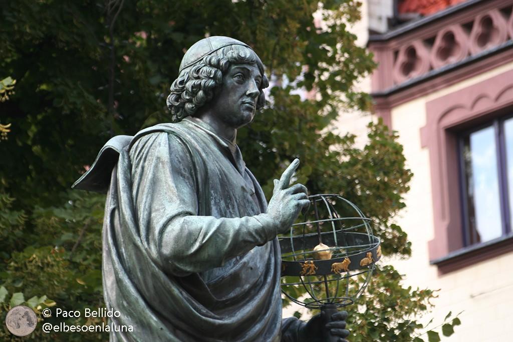 Detalle de la estatua. Foto: © Paco Bellido