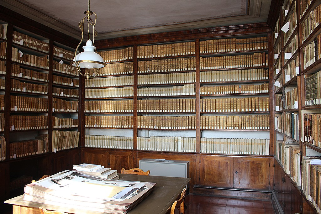Biblioteca de fondos antiguos. Foto: © Lola Vázquez