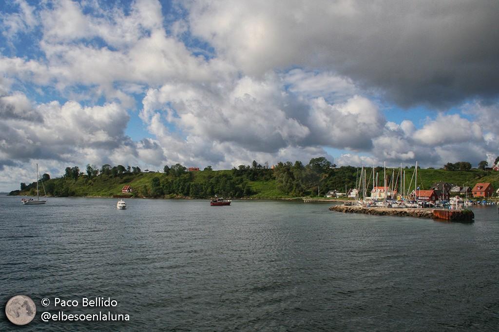 La isla de Ven desde el mar. Foto: Paco Bellido