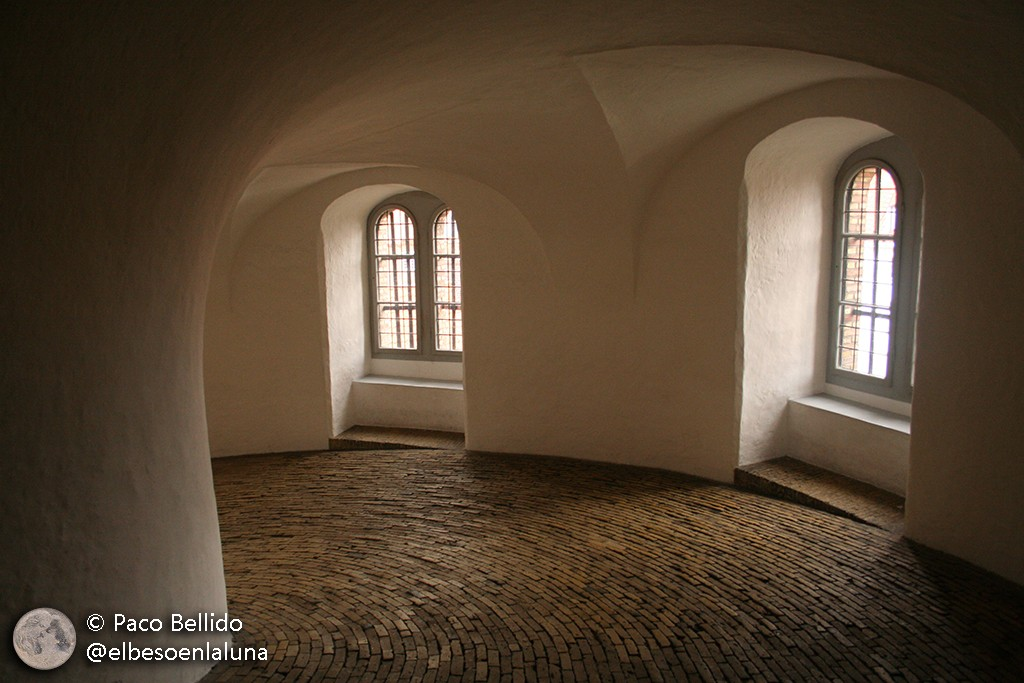 Rampa en espiral de la Torre Redonda. Foto: Paco Bellido