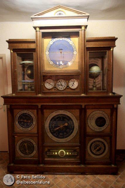 El reloj astronómico de Senzeilles
